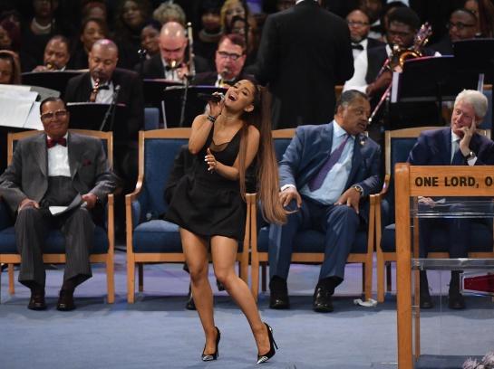 funeral Aretha Franklin.: Ariana Grande fue acosada en el funeral de Aretha Franklin