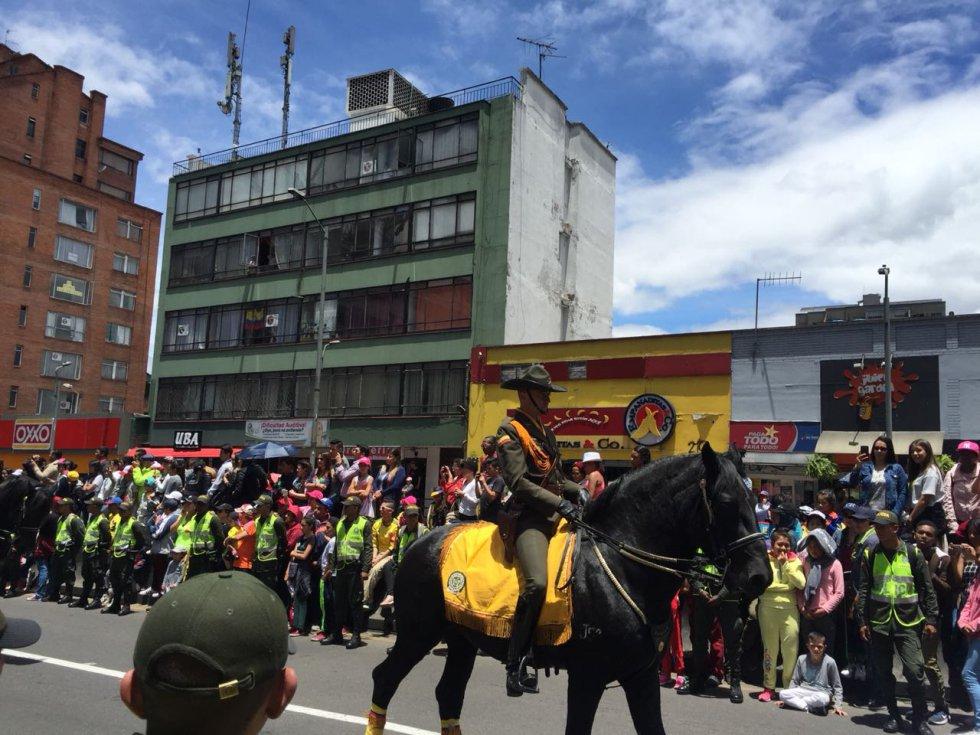 Bandas como Don Tetto, Rolling Ruanas, The Mills, Revólver Plateado, entre otros, son los encargados del show musical durante la Caminata de la Solidaridad por Colombia.