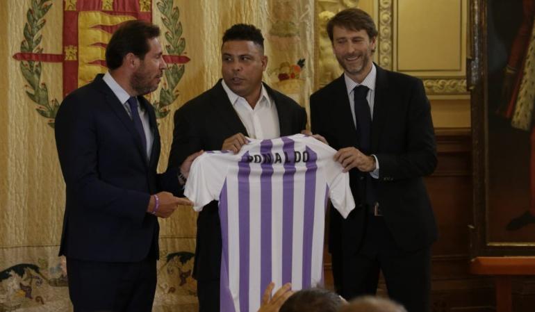 Ronaldo, Real Valladolid: Ronaldo, presentado como máximo accionista del Valladolid