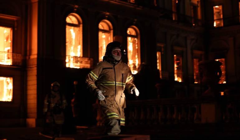 Incendio Museo Brasil: Perdidas incalculables tras incendio en el Museo Nacional de Rio de Janeiro