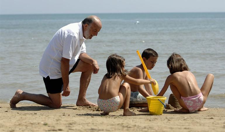 Irse de vacaciones con regularidad alarga la vida