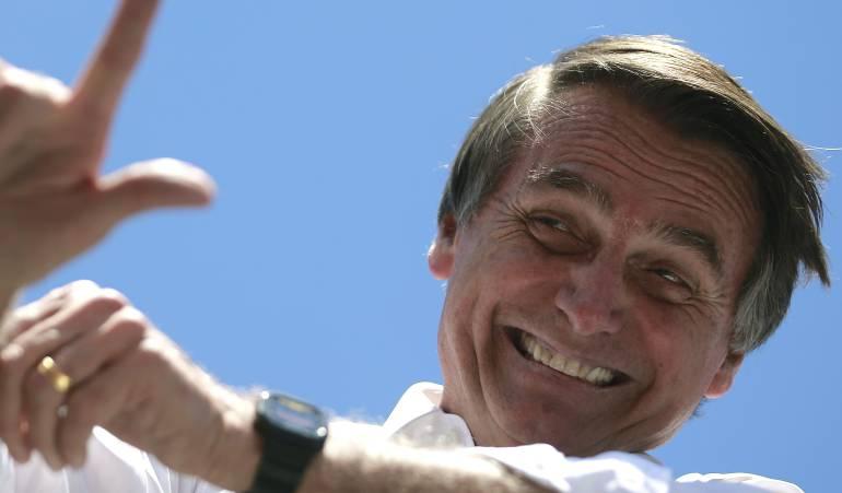 Ataque a candidato presidencial en Brasil: Candidato a la presidencia de Brasil, Jair Bolsonaro, fue apuñalado