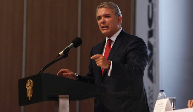 Congreso Avícola.: Duque propone eliminar impuestos a quienes generen empleo en el campo