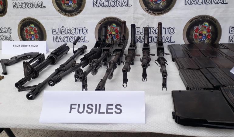 Incautación de arsenal de guerra: Cerca de una escuela hallan explosivos de los disidentes de las Farc