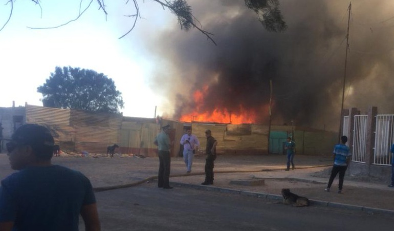 Incendio en Chile: Incendio en Chile deja 100 casas destruidas