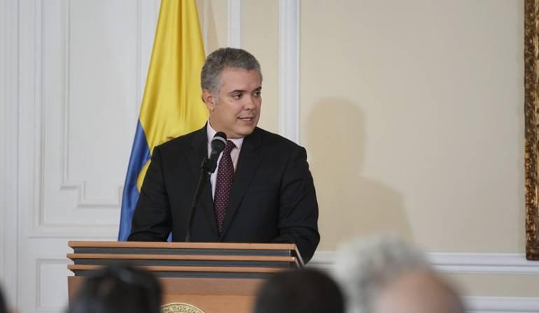 Duque pone el retrovisor en caso implemementación de acuerdos de paz: Gobierno Duque culpa a administración Santos por crisis con exFarc