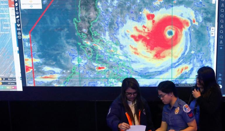 Huracán en asia: Mangkhut toca tierra en Filipinas con rachas de hasta 285 km/h