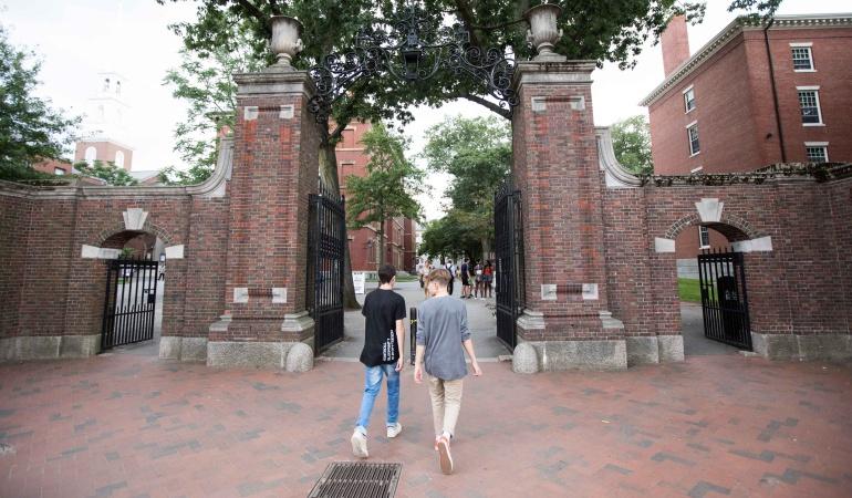 Los egresados de estas universidades tienen más posibilidad de contratación