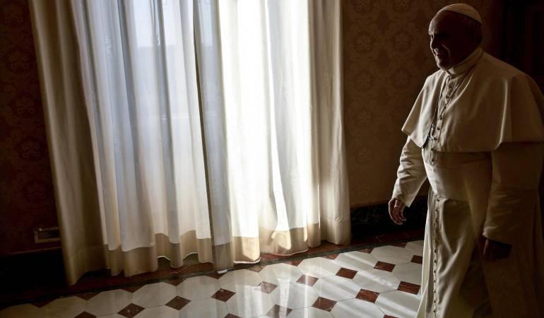 Pederastia.: El Papa destituyó a sacerdote chileno por abuso sexual a menores