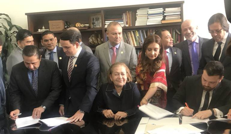 Nuevo ministerio: Se radicó proyecto de ley sobre la creación del Ministerio de la Familia