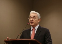 Documentos que prueban versión de la Corte sobre interceptaciones a Uribe