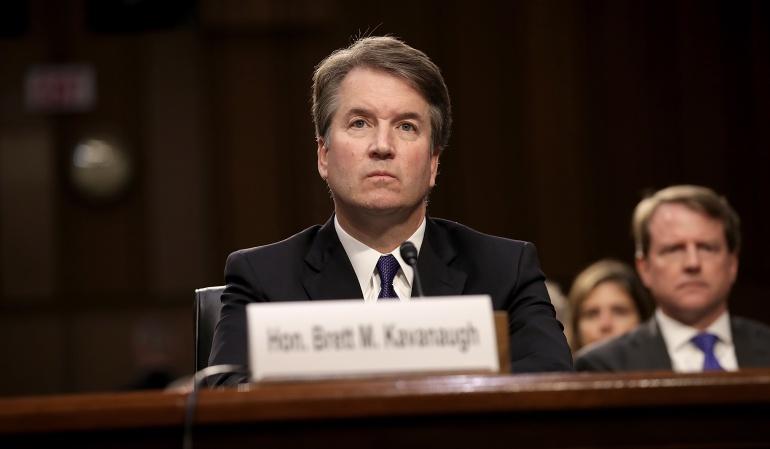 Comisión Judicial vota enviar la confirmación de Kavanaugh al pleno del Senado