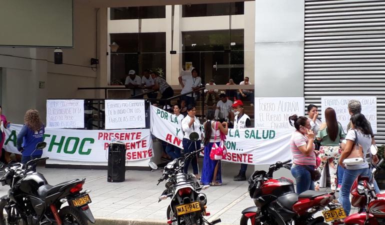 Paro en UAESA.: Empleados se tomada las instalaciones de la Unidad Administrativa Especial