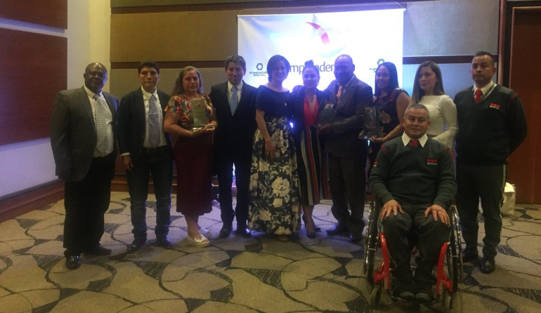 Chocolate Colombia y Corpocampo, Takami ganadores del premio Emprender Paz
