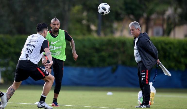 """Arturo Vidal sobre Reinaldo Rueda: Vidal: """"El de Rueda es un proceso lindo, conoce mucho el fútbol"""""""