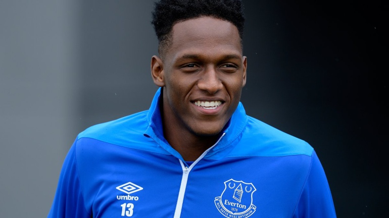 yerry mina everton lesion: ¡A tope! Yerry Mina está listo para debutar con el Everton