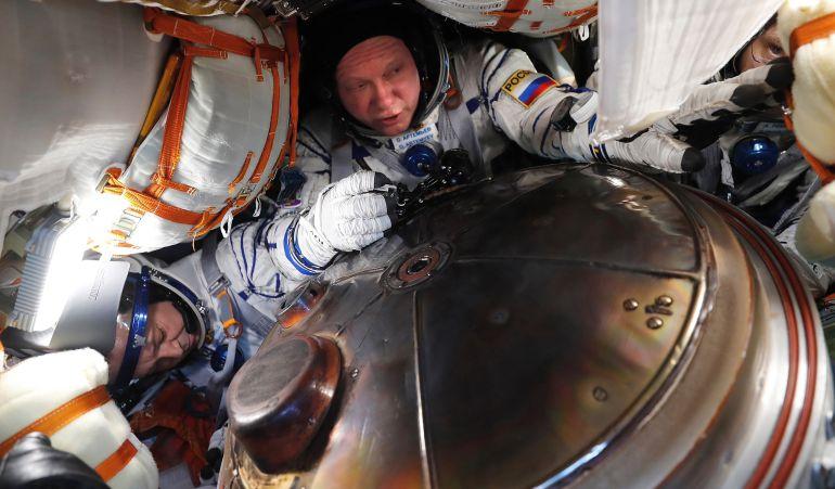 Astronautas: Misión espacial debió aterrizar de emergencia tras falla del motor