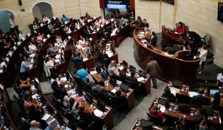 """Fiscalía y Jep cumbre: Cumbre para solucionar """"choque de trenes"""" entre Fiscalía y JEP"""