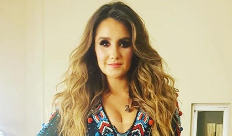 Después de 14 años Dulce María canta las canciones de RBD