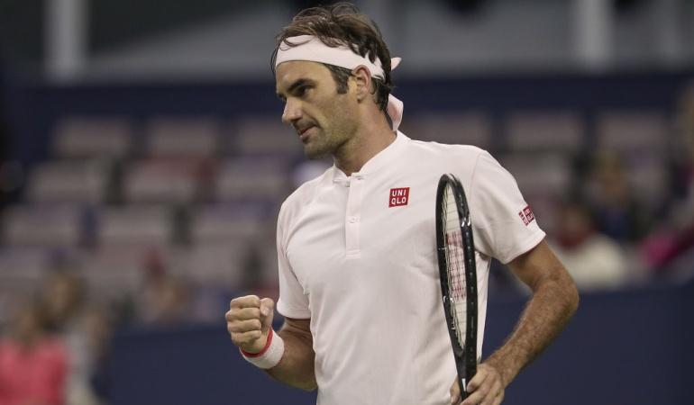 Federer semifinales Shanghai: Federer superó a Nishikori y enfrentará a Coric en semifinales de Shanghái