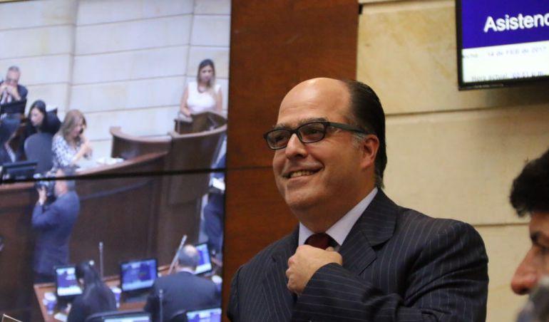 Crisis Venezuela: Colombia oficializó refugio a diputado venezolano Julio Borges