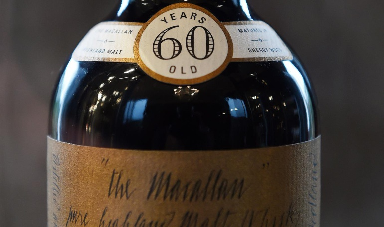 El licor más caro del mundo: ¿Pagaría un millón de dólares por una botella de whisky?