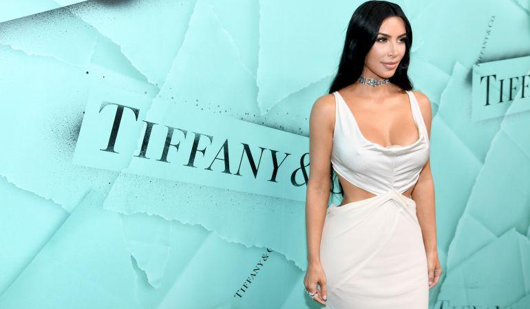 ¡En topless! Así posó Kim Kardashian junto a su hija