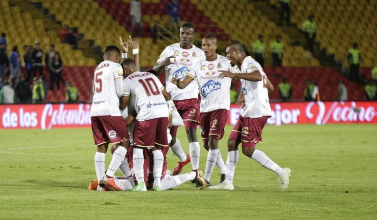 Tolima 2-0 Once Caldas: Nuevo líder: Tolima goleó al Once y se trepó al primer lugar de la Liga