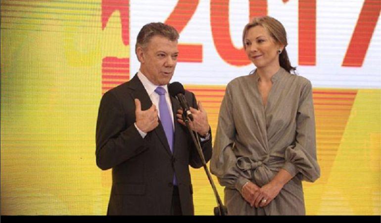 La tierna y amorosa foto de Juan Manuel Santos y su esposa