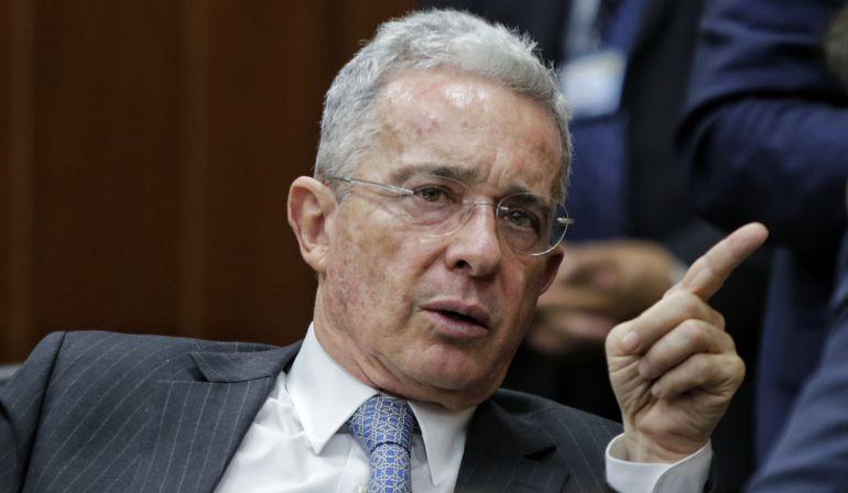 Vídeo publicado por Uribe corresponde a protesta del 11 de octubre