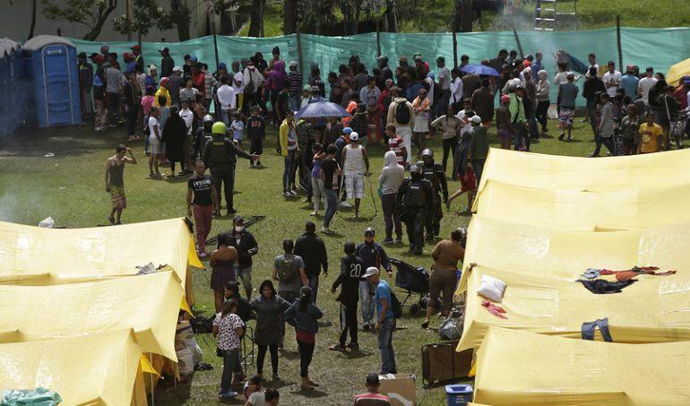 Campamento venezuela migraci n expulsar a venezolanos for Alacenas bogota