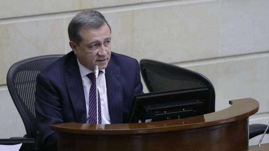 Consejo de Estado estudia muerte política de Macías por moción de censura