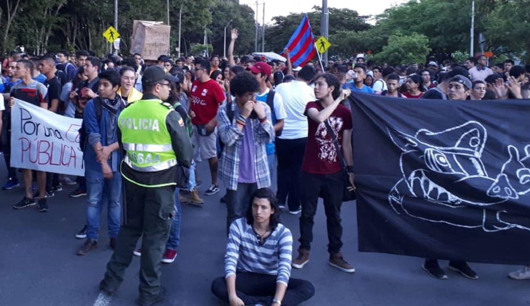 Marcha universidad: Sin contratiempos se adelantó marcha de estudiantes de Univalle
