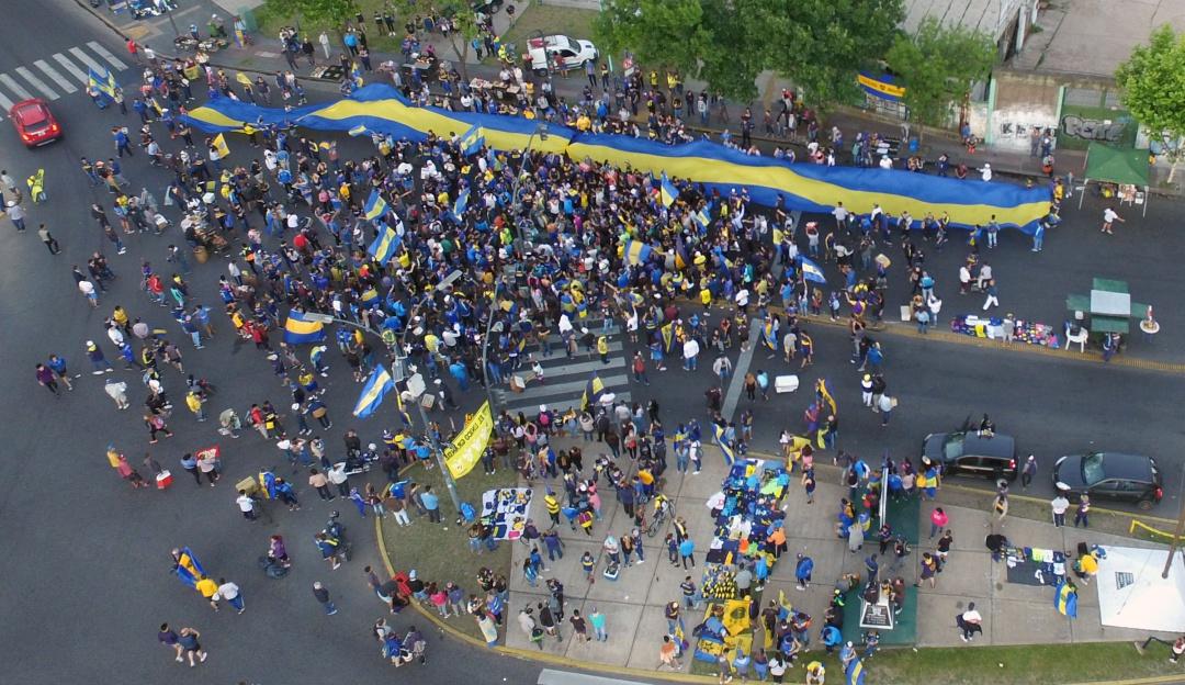 Policía deportado hincha de Boca: Policía española deportó a Argentina a líder de barra brava de Boca