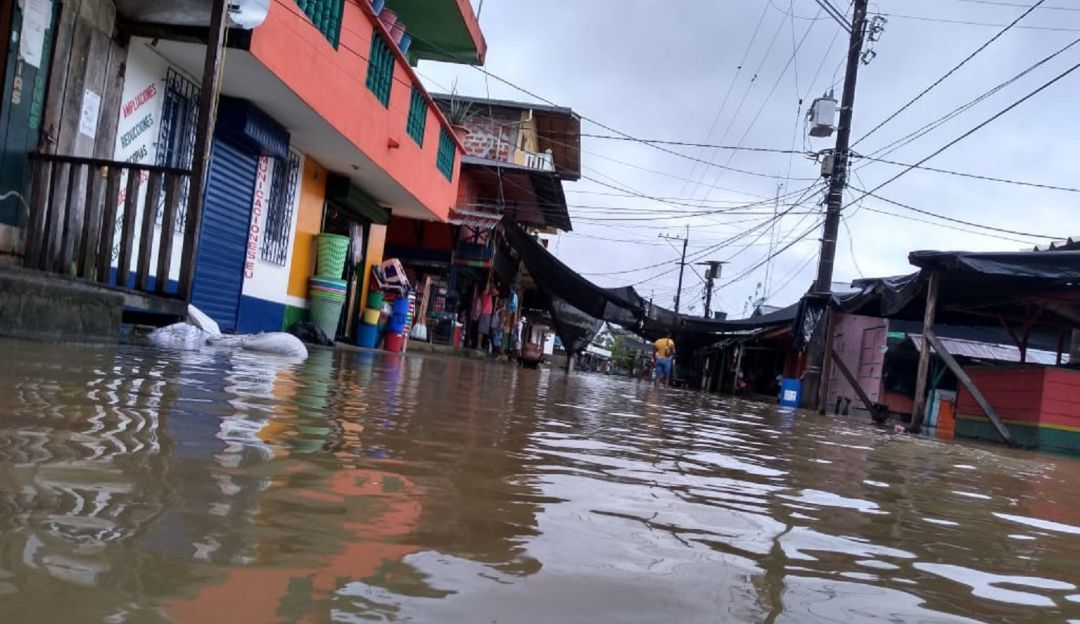 INUNDACIÓN, VIGÍA DEL FUERTE, URABÀ, LLUVIAS, RIOS, DESBORDADOS: Vigía del Fuerte está completamente inundado