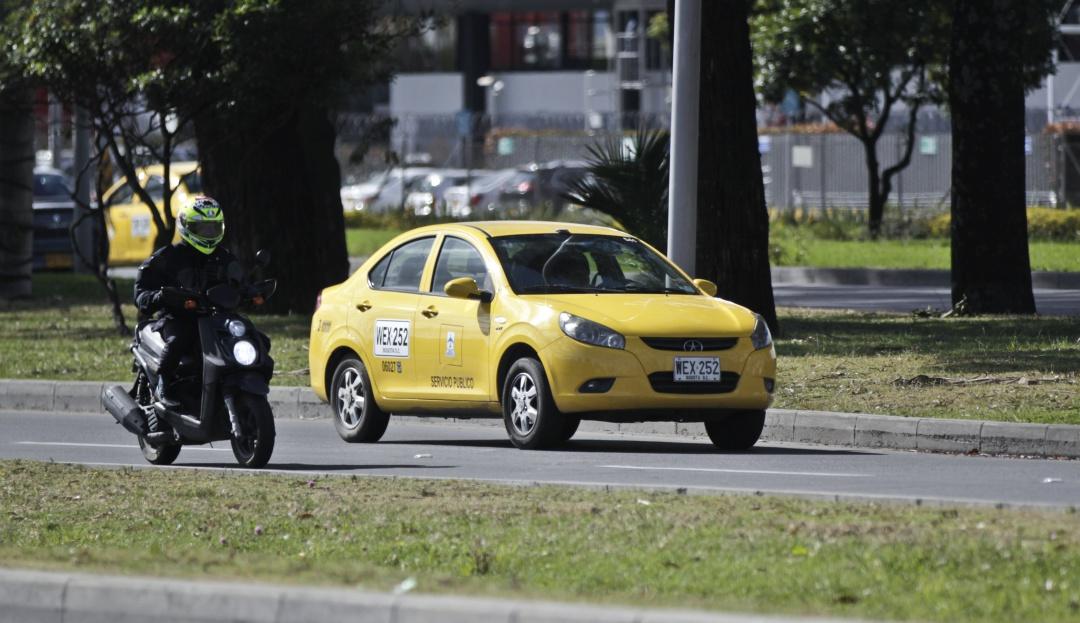 Usuarios de Cabify podrán pedir el servicio de Easy Tax: Se concreta alianza entre Cabify e Easy Taxi