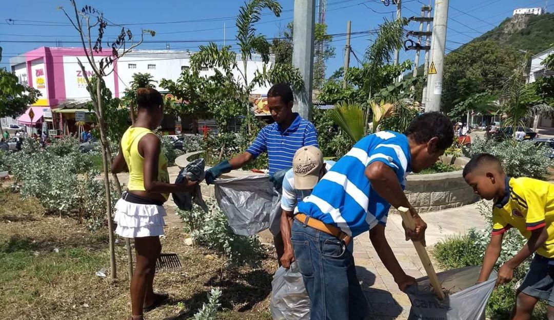 Jornada con habitantes de calle del barrio Alcibia en Cartagena: Jornada con habitantes de calle del barrio Alcibia en Cartagena