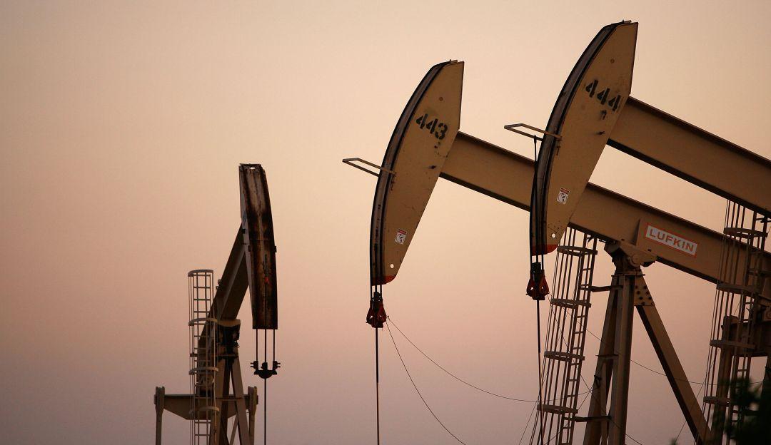 Acuerda OPEP recortar producción de crudo