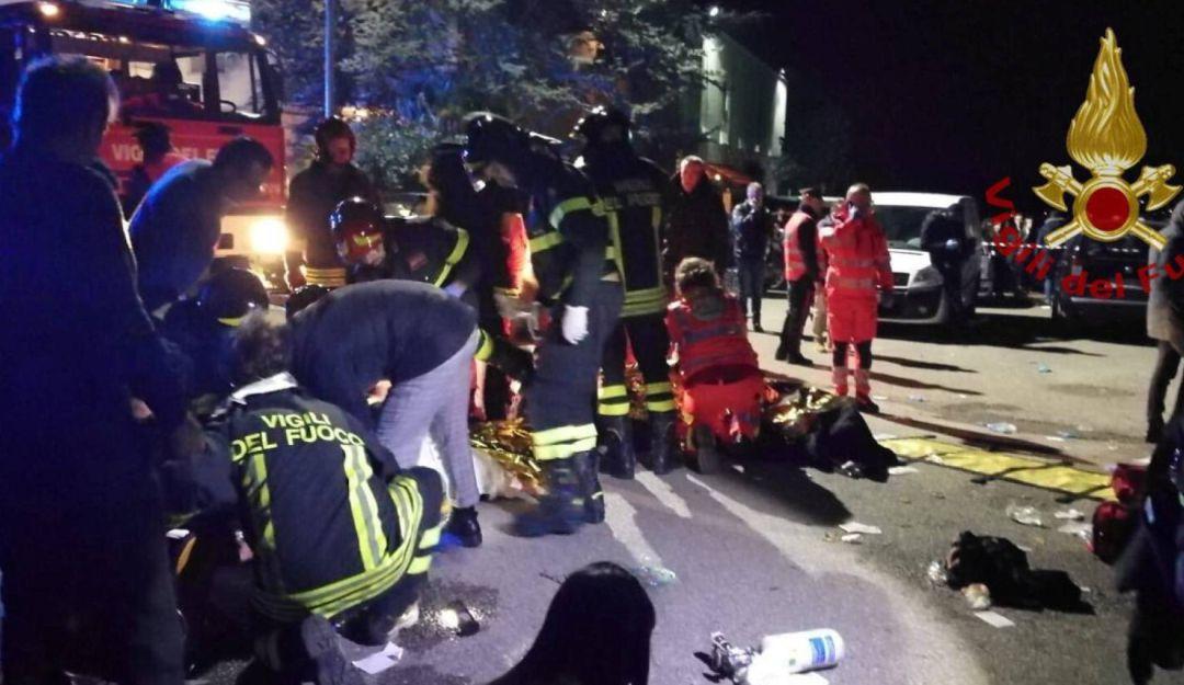 Estampida Italia: Al menos 6 muertos y un centenar de heridos deja estampida en Italia
