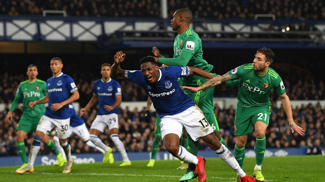 Con Mina, Everton salva un punto en el tiempo de prolongación