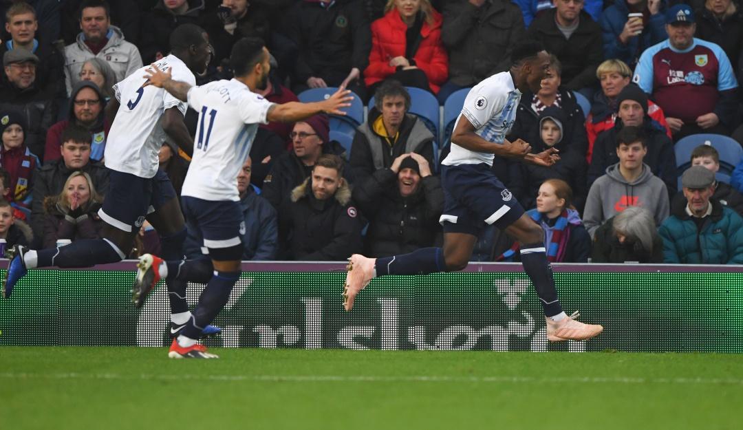 Yerry Mina marca su primer tanto en Inglaterra con goleada del Everton