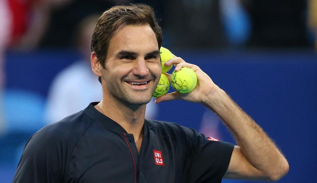 Roger Federer se asustó con una langosta que intentó atacarlo