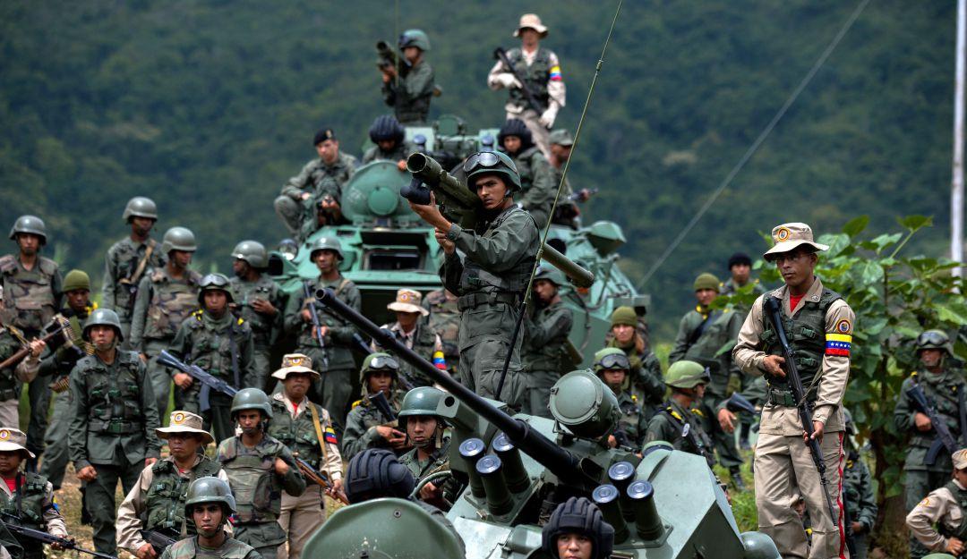 Venezuela habría torturado a militares acusados de conspiración, según HRW