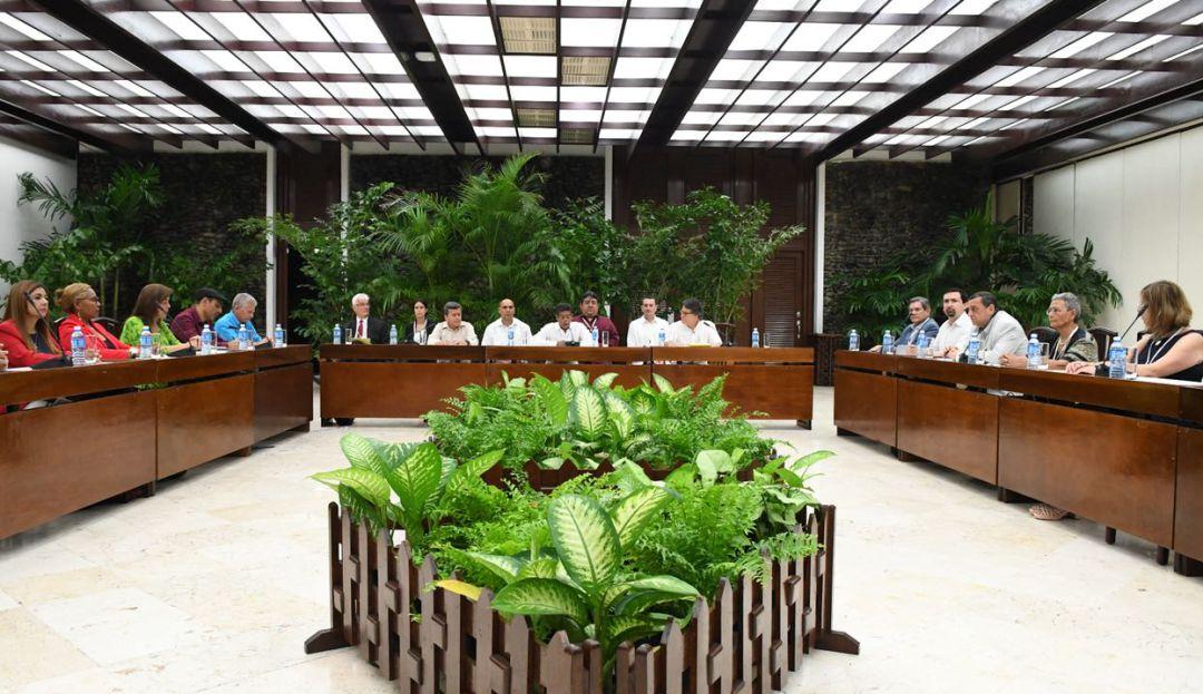 Eln diálogos Eln Eln insiste en un cese al fuego bilateral con el Gobierno