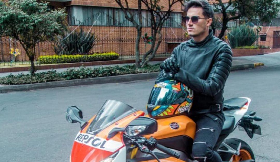 """Seguidores piden a Pipe Bueno que bautice su nueva moto como """"La Cediel"""""""