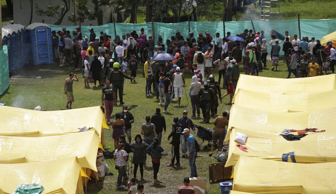 Crisis en Venezuela: Venezolanos salen hoy del campamento en Bogotá