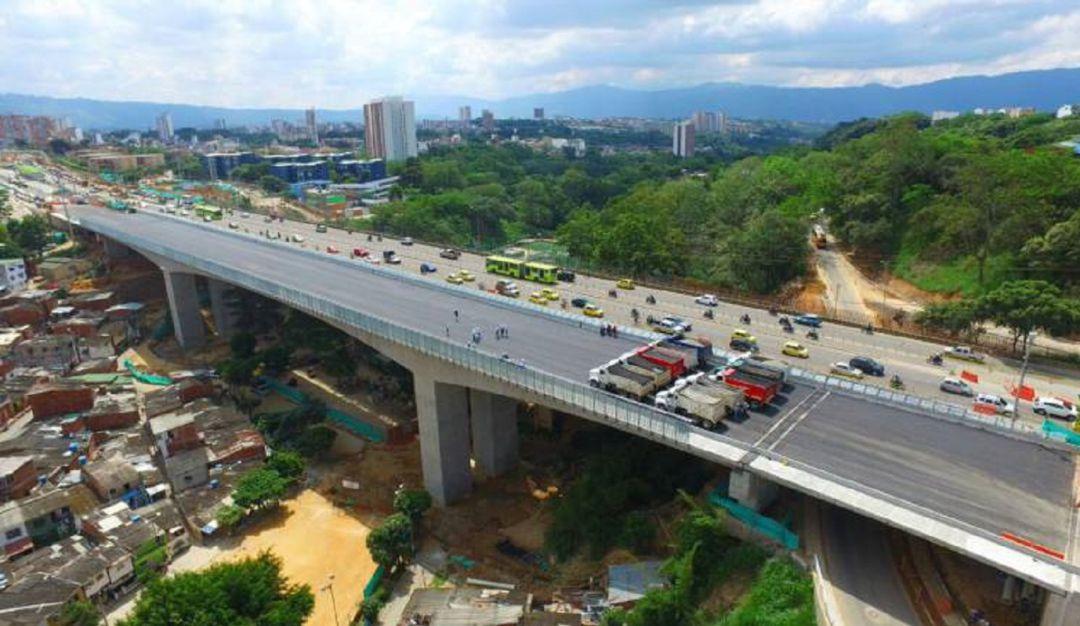 Habrán cierres viales por obras del tercer carril este lunes: Este lunes habrá cierres por obras del tercer carril