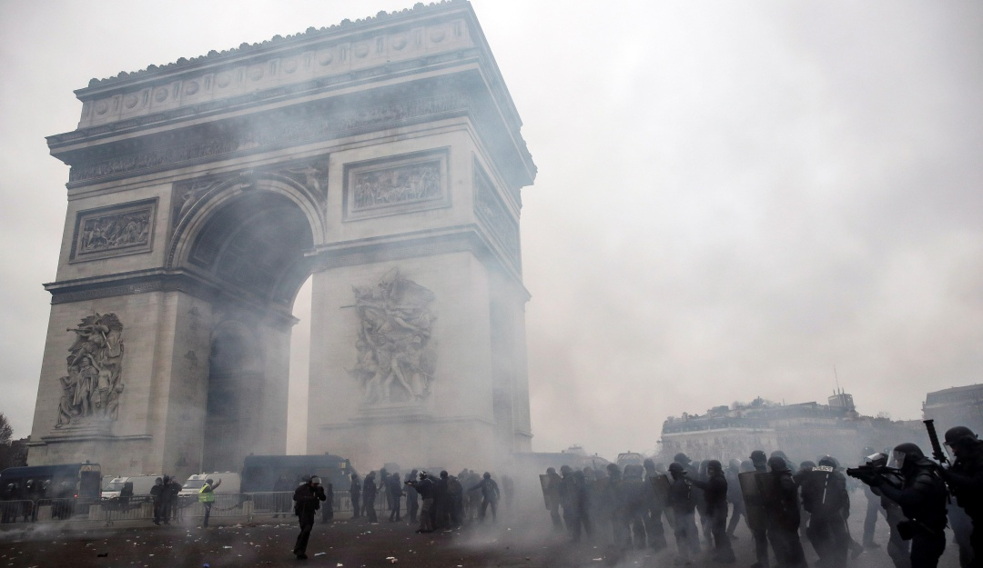 Explosión en Parrís: Activaron canales de asistencia para afectados por explosión en París