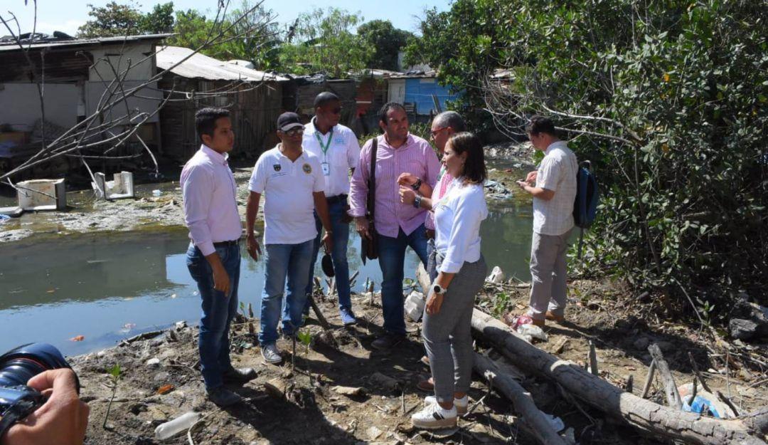 Alcaldía de Cartagena busca acabar con basureros satélites: Alcaldía de Cartagena busca acabar con basureros satélites