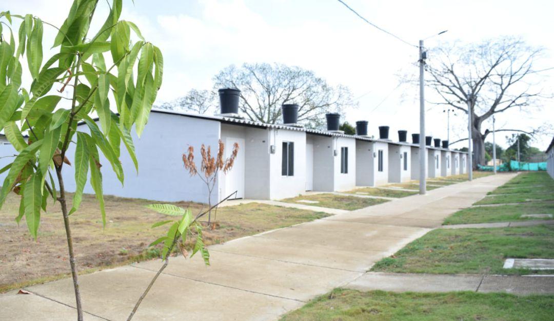 Entregan viviendas y anuncian obras en Arroyo Hondo y San Joaquín, Bolívar: Entregan viviendas y anuncian obras en Arroyo Hondo y San Joaquín, Bolívar